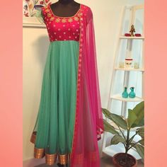 Combo … Long Gown Dress, Saree Dress, Dress Skirt, Designer Anarkali Dresses, Designer Dresses, Indian Designer Outfits, Indian Outfits, Frock Models, Mode Bollywood