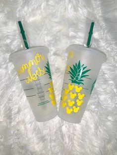 Copo Starbucks, Starbucks Venti, Starbucks Tumbler, Personalized Starbucks Cup, Custom Starbucks Cup, Personalized Cups, Starbucks Crafts, Disney Starbucks, Diy Tumblers