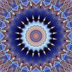 Poster Mandala Träum schön - © Christine Bässler - Bildnr. 489273