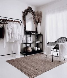 Master bedrooms, minimalistic bedrooms, luxury bedrooms and everything bedroom related for your interior. Home Bedroom, Bedroom Decor, Master Bedrooms, Bedroom Mirrors, Bedroom Ideas, Room Inspiration, Interior Inspiration, Minimalist Bedroom, Minimalist Fashion