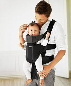 Baby Bjorn Organic Miracle Baby Carrier - Made from fabric tested and guaranteed free from harmful substances. Child Love, Baby Love, Best Baby Carrier, Travel Cot, Miracle Baby, Baby Bjorn, Dad Baby, Parenting Styles, Baby Accessories