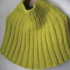 Ribbed Capelet Pattern
