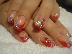 Christmas nails - Nail Art Gallery nailartgallery.nailsmag.com by www.nailsmag.com