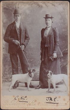 Tunbridge Wells c. Antique Photos, Vintage Pictures, Vintage Photographs, Smooth Fox Terriers, Toy Fox Terriers, Jack Russell Dogs, Jack Russell Terrier, Photos With Dog, Black And White Dog
