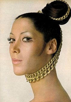 Marina Schiano. Photo: Bert Stern, Vogue 1968.