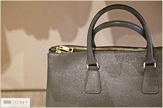 La #borsa contiene più o meno la vita di una donna:portafoglio, cellulare, chiavi, trucchi, fazzoletti, sciarpa e ballerine. Il tocco finale di ogni #outfit.