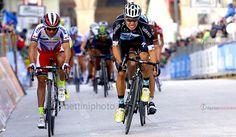 Tirreno-Adriatico, 2015, Etapa 4. RIGOBERTO URAN entró 2° y mostró hoy su enorme ambición por conseguir el tridente de la carrera de los dos mares.