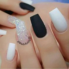 White Coffin Nails, Acrylic Nails Coffin Short, White Acrylic Nails, Best Acrylic Nails, Prom Nails, My Nails, Wedding Nails, Cute Acrylic Nail Designs, Acrylic Nails With Design