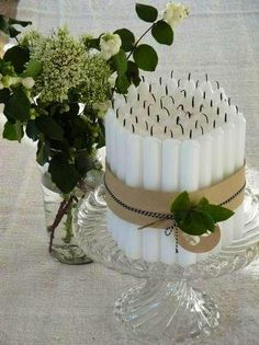 30 Cool Christmas Candle Decoration Ideas You'll Love Graceful and simple bundle of candles to decorate home for Christmas. 90th Birthday Parties, Birthday Table, Cake Birthday, 70th Birthday Party Ideas For Mom, Happy Birthday, Christmas Candle Decorations, Wedding Decorations, Inexpensive Centerpieces, Centerpiece Ideas