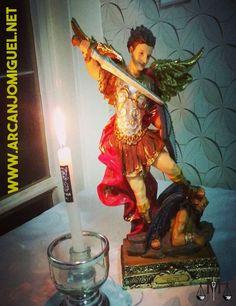 São Miguel Arcanjo - Altar - oratório - igreja - católicos - anjos - tattoo  desenho - tatuagem - Miguel - oração - novena - Nossa Senhora  http://www.arcanjomiguel.net  https://novecoros.blogspot.com.br  Combatentes SMA - Arcanjomiguel-NET