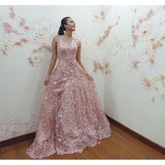 beautiful princess @mariaharfanti in our full floral rosegold long gown . #provocatebymeltatan #design #dress #designer #rosegold #floral #fairytale #style #fashion #mariaharfanti #jakarta #lady #gown #gowngalore #lookbook #inspiration #dresstoimpress #fashionaddict