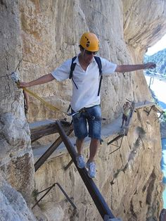 World's most dangerous hikes include El Caminito del Rey in Spain. Photo from Wikimedia Commons