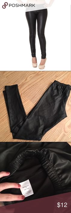 Faux leather leggings Black Faux leather leggings | no tag with size, best fits a S Pants Leggings