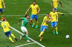Jeff Hendrick of Republic of Ireland shoots at goal during the UEFA EURO 2016 Group E match between Republic of Ireland and Sweden at Stade de France on June 13, 2016 in Paris, France.