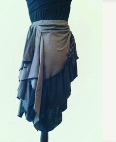 Bustle skirt grey