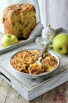 Il crumble di mele e panettone è una ricetta semplice e veloce per riciclare il panettone avazato dalle feste natalizie. Un dolce dal cuore