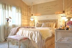 romantic master bedroom colors with gold color 786 - Home Designs and Decor Romantic Master Bedroom, Pretty Bedroom, Beautiful Bedrooms, Dream Bedroom, Home Bedroom, Modern Bedroom, Bedroom Ideas, Bedroom Rustic, Bedroom Inspiration
