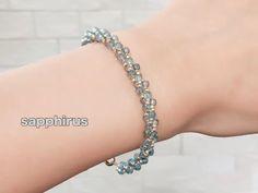 【ビーズステッチ】すくも藍ビーズで作るチェーンブレスレットの作り方 Beaded bracelet : Ai beads: Japanese Aizome (indigo dyeing) - YouTube Seed Bead Necklace, Seed Bead Jewelry, Bead Jewellery, Beaded Jewelry, Beaded Necklace Patterns, Jewelry Patterns, Bracelet Patterns, Jewelry Knots, Jewelry Bracelets