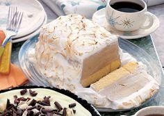 Coffee Baked Alaska with Mocha Sauce Recipe - Bon Appétit Coconut Pound Cakes, Pound Cake Recipes, Cream Cheese Pound Cake, Cream Cake, Ice Cream, Best Banana Bread, Banana Bread Recipes, Mocha Sauce Recipe, Culinary Lavender