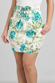 saias cintura alta - Pesquisa Google Short Girl Fashion, Modest Fashion, Skirt Fashion, Fashion Moda, Womens Fashion, Vestidos Fashion, Casual Dresses, Casual Outfits, Hot Outfits