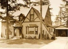 The Tutor Cottage - one of my favorite home style. from Alameda Old House History