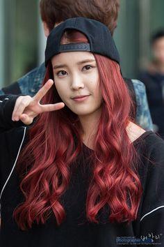 Trend Korean Hairstyles 2020 Female for fashion – Bun Hairstyles Iu Hair, Kpop Hair, Hair Color Purple, Hair Color And Cut, Bun Hairstyles, Korean Hairstyles, Female Hairstyles, Engagement Hairstyles, Asian Red Hair