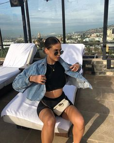 New Photos 38 Trendy Summer Outfits You Should Try Now Strate Cycling Shorts Outfit Outfits photos Strate summer trendy Summer Shorts Outfits, Short Outfits, Outfits For Teens, Casual Outfits, Cute Outfits, Summer Clothes, Black Outfits, Hot Weather Outfits, Summer Outfit For Teen Girls