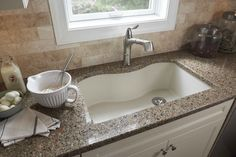 Elkay e-granite - kitchen sinks - Elkay Sinks and Faucets Kitchen Faucet, Elkay, Kitchen Design, Classic Kitchens, Granite Sink, Granite Kitchen Sinks, Granite Kitchen, Drop In Kitchen Sink, Composite Kitchen Sinks