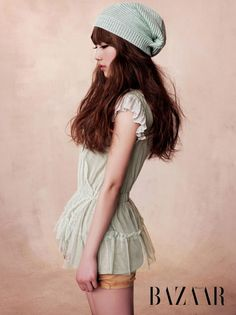 Member of Group Girl Miss A Suzy Bae with Spring Blossom on Harper's Bazaar Magazine. Foto Fashion, Kpop Fashion, Asian Fashion, Fashion Beauty, Fashion Outfits, Japanese Fashion, Fashion Ideas, Miss A Suzy, Pastel Outfit