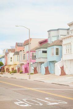 Esas casitas alineadas de San Francisco que, más que admirar, dan ganas de darles un mordisco ;)