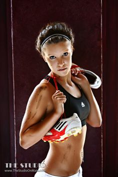 ©The Studio • La Crosse, WI www.TheStudioOnMain.com  Seniors • Girls • Portraits • Pictures • Sports Would be better with a pair of boxing gloves ;)