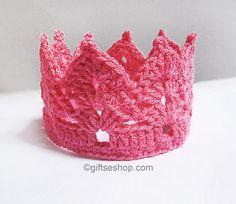 Crochet Crown Pattern-Tiara Headband- Crown Headband- Crown Pattern- Crochet Baby Crown Pattern n50 by lanadearg on Etsy https://www.etsy.com/nz/listing/201650422/crochet-crown-pattern-tiara-headband