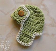 """Touca em crochê """"Aviador"""", para meninos - Fotos em estúdio com recém-nascidos (Newborn)"""