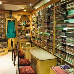 Bestes Andenken-Einkaufen in Neu-Delhi - Visit India - Delhi - Souvenirs Slate Appliances, Vintage Appliances, Home Appliances, Electrical Appliances, Affordable Home Decor, Cheap Home Decor, Design Colleges In India, Luxury Homes Interior, Interior Design