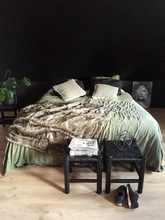 College Bedroom Decor, Cozy Place, My Room, How To Fall Asleep, Master Bedroom, Interior, Furniture, Inspiration, Home Decor