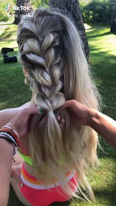 You can knit your hair easily Best Picture For easy hairstyles for kids For Your Taste You are looki Easy Hairstyles For Long Hair, Braids For Long Hair, Cool Hairstyles, Hairstyles Videos, Braided Ponytail Hairstyles, Hairstyles Pictures, Different Hairstyles, Black Hairstyles, Wedding Hairstyles