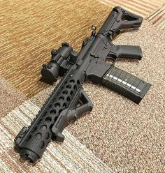 "@kansas_brit 7.5"" AR15 SBR #ar15buildscom #sbr #ar15 #guns #gundose #gunsdaily #2a #nfa #igmilitia #gunporn #rifle #pewpew #weaponsdaily #9mm #556 #gun #tactical #suppressor #pistol #sickguns #pewpewlife #2ndamendment #magpul #pewpewpew #firearms #nfafanatics #gunsofinstagram #gunchannels"