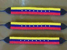 pulseras en mostacilla checa, manillas o chaquiras Bead Art, Jewelry Art, Friendship Bracelets, Loom, Beads, Stitches, Homemade Bracelets, Home, Bead Loom Bracelets