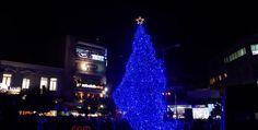 Δείτε από ψηλά το άναμμα του Χριστουγεννιάτικου δένδρου της Λαμίας (video) • MyLamia.com
