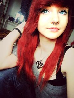 Love her hair color. And part of me still really wants a septum piercing. Scene Hair Bangs, Emo Scene Hair, Short Scene Hair, Hairstyles With Bangs, Pretty Hairstyles, Girl Hairstyles, Scene Hairstyles, Amazing Hairstyles, Hairstyle Ideas
