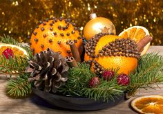 Christmas Must: 9 DIY Pomanders For Decor And Gifts
