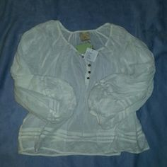 Make an offer! Nwt Anthropologie blouse. New with tags. Anthropologie Anaya peasant blouse.  Size xs  but could fit up to a medium since it's loose fitting. Vanessa & Virginia brand. Off white color. Anthropologie Tops Blouses