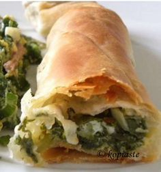 How to make Phyllo using a Pasta Maker and Spankopita from Scratch with Video - Irene Goldsworthy - macedonian food Macedonian Food, Greek Dishes, Main Dishes, Side Dishes, Greek Cooking, Pasta Maker, Mediterranean Dishes, Middle Eastern Recipes, Greek Recipes
