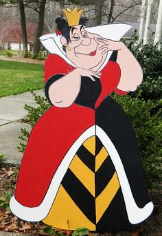 FOAMBOARD - QUEEN of HEARTS - Inspired by Alice in Wonderland - Mad Hatter Tea Party - Large Party Props & Event Decoration