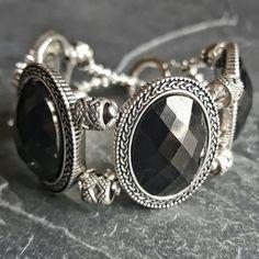 Neo Victorian Gothic Bracelet - Black Prom Bracelet - Goth Jewelry - Ren Faire - Evil Queen Costume - Cocktail Bracelet Gift - Handmade Jewelry - Ren Faire - DRAVYNMOOR