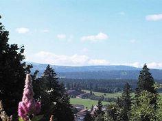Vue sur le Centre de loisirs des Franches-Montagnes depuis le gîte