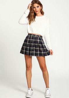 Zip Up Plaid School Girl Skirt, GREEN School Outfits For Teen Girls, School Girl Dress, Fall College Outfits, Summer School Outfits, Girls Dress Up, Preppy Outfits, Curvy Outfits, Skirt Outfits, College Fashion