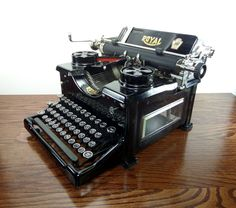 Reconditioned Royal 10 Antique Typewriter - Working Black Typewriter - Excellent Condition by MahoganyRhino on Etsy
