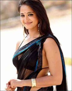 Kollywood Actress Anushka Shetty also Yoga Instructor. Actress Anushka Shetty win Filmfare Award for Best Actress - Telugu, Nandi Special J. South Actress, South Indian Actress, Hottest Pic, Hottest Photos, Anushka Photos, Actress Anushka, Sexy Wife, Indian Beauty Saree, Actress Photos