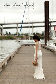 Claire Pettibone- Chantilly lace dress.... love it
